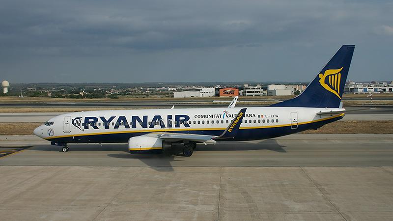 Ryanair // Boeing B737-8AS(WL) // EI-EFW
