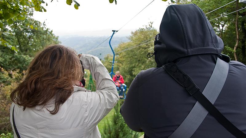 Beweisfotos von Janett und Tina: Gastgeberin Anja erreicht die Bergstation