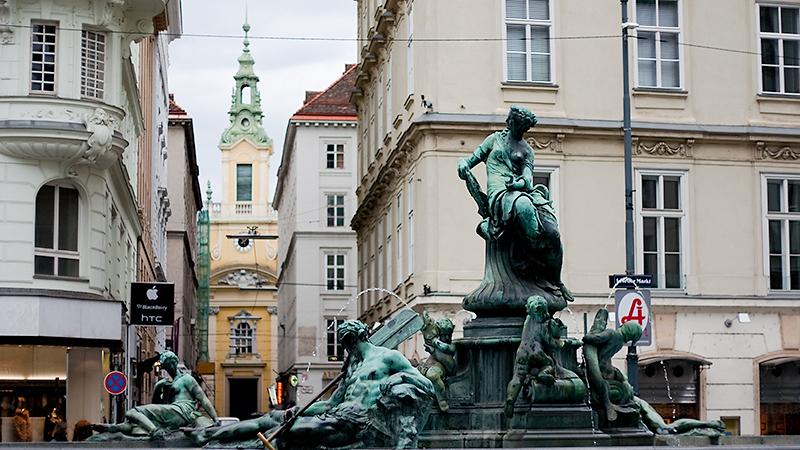 Donnerbrunnen am Neuen Markt