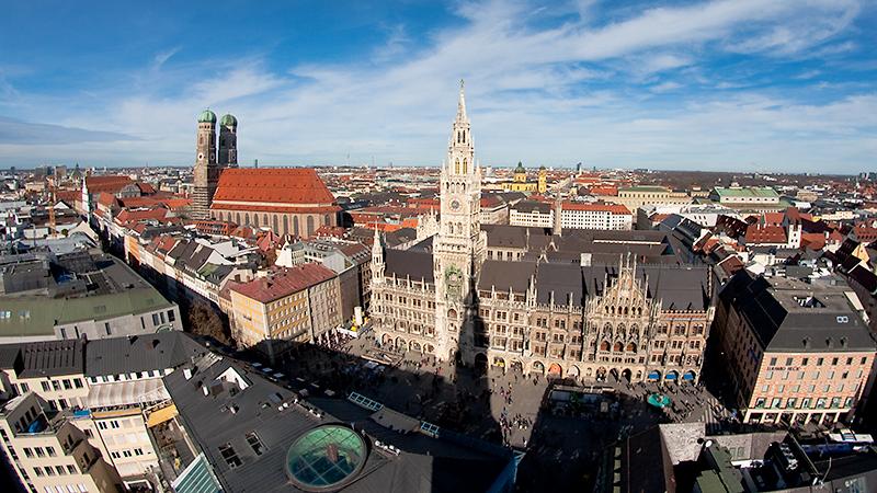 Marienplatz mit Frauenkirche
