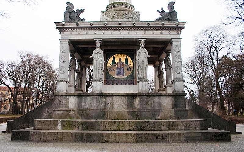 Tempel am Friedensengel