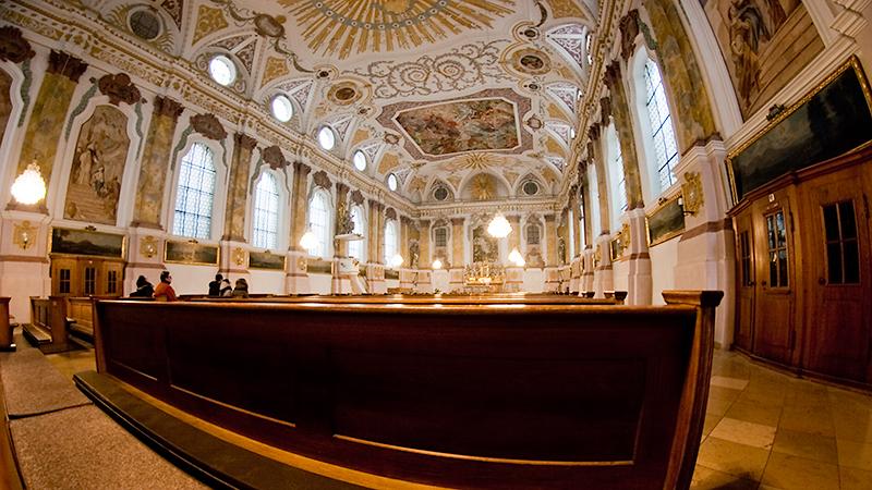 Blick in die Oberkirche