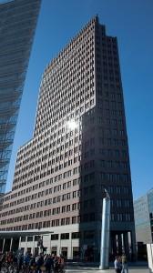 Kollhoff-Tower mit Panorama Punkt