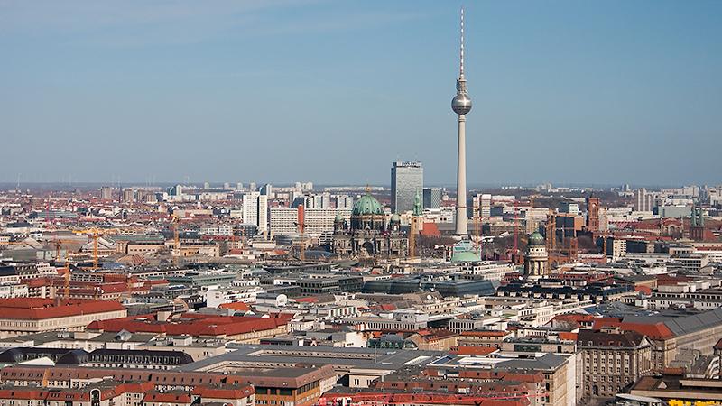 Blick zum Berliner Dom, Alexanderplatz und Fernsehturm
