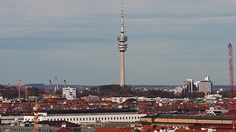 Olympiaturm im gleichnamigen Park