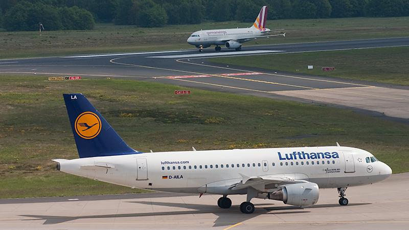 Mutter und Tochter: D-AILA (Lufthansa) und D-AGWI (Germanwings)