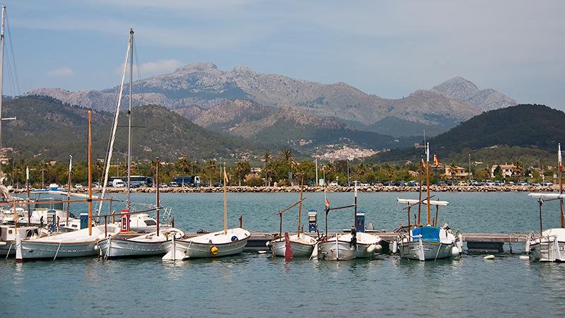 Die kleineren Boote von Port d'Antratx