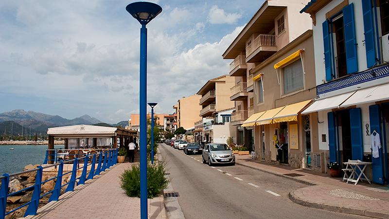 Restaurantmeile entlang des Hafens