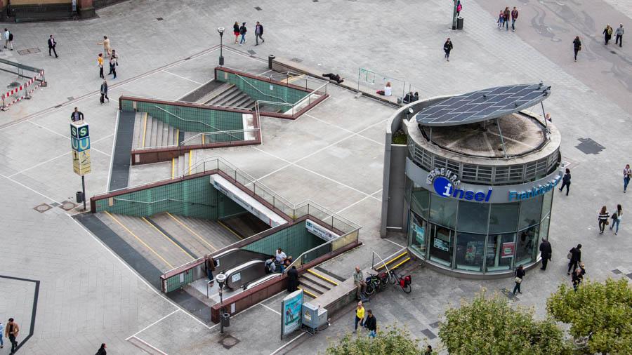 Verkehrsinsel an der Hauptwache - neu erbaut