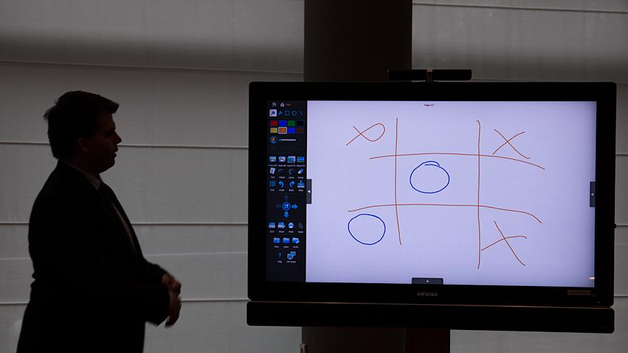 Nicht nur Spielerei: Demonstration des Multipads als innovative Tagungstechnik mit Platz zum Einfügen eigener Skizzen