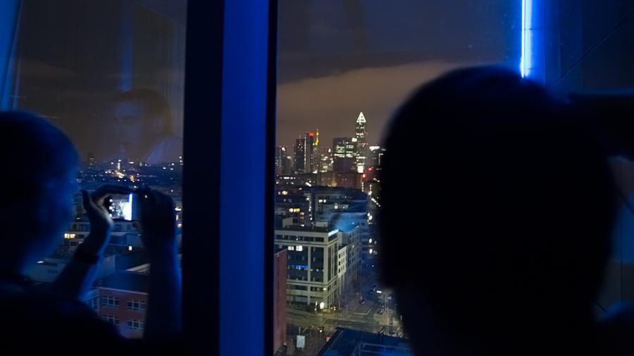 Faszinierende Blicke aus den Eckzimmern auf die Skyline