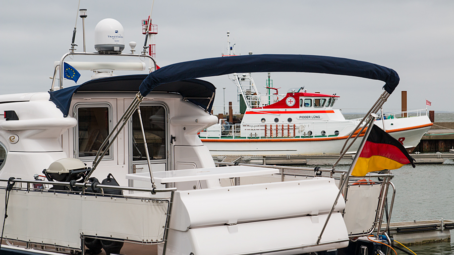 """Im Hafen von List: Seenotkreuzer """"Pidder Lüng"""""""