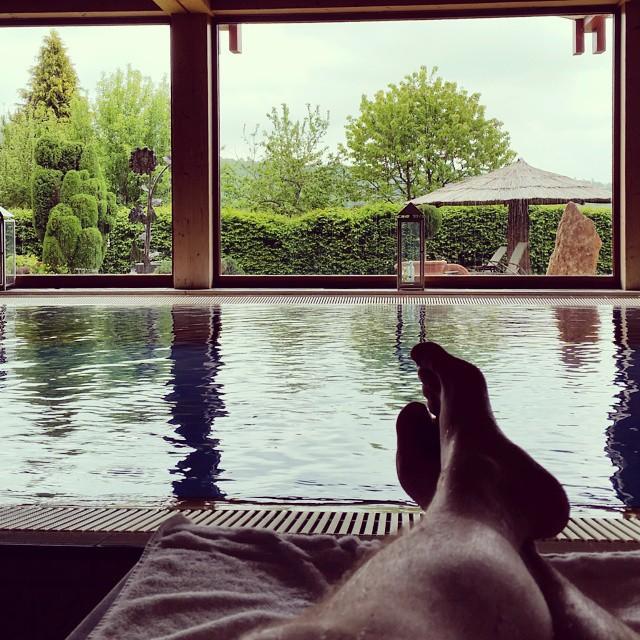 Füße hoch im Orkeland SPA [instagram]
