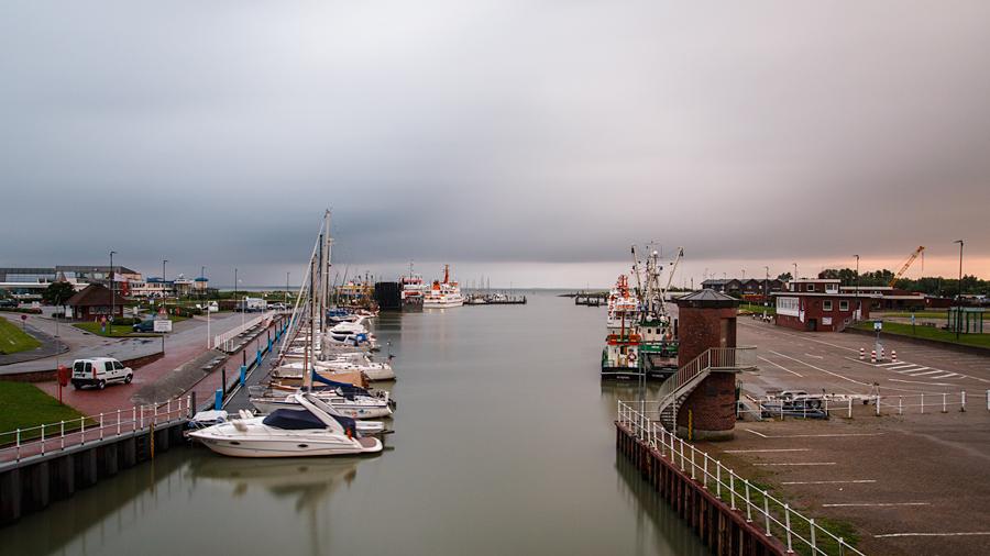 Blick vom Schöpfwerk in den Hafen
