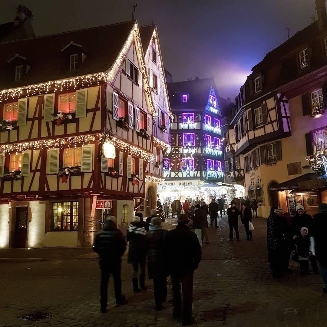 Bunte Beleuchtung in Colmar [instagram]